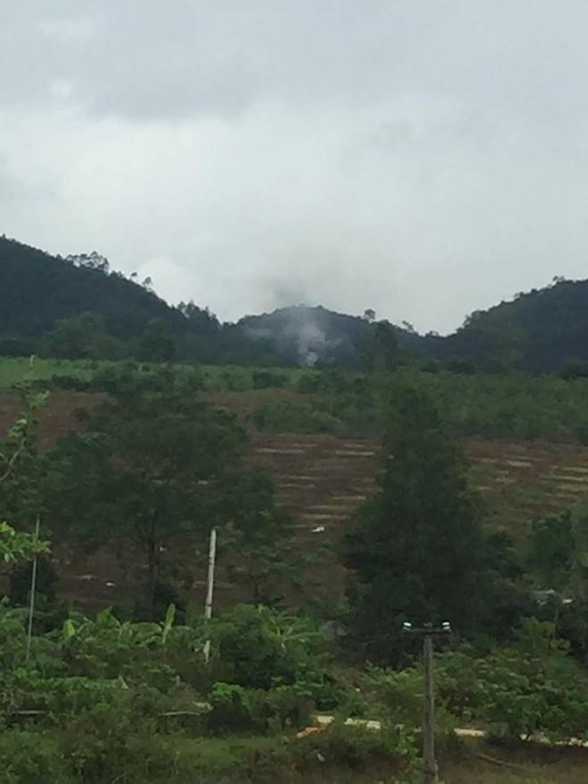 [CẬP NHẬT] Rơi máy bay quân sự tại Nghệ An, 2 phi công chưa rõ tung tích - Ảnh 2.