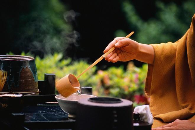 Đạo dưỡng sinh của vua Khang Hy: Thần tâm vui vẻ chính là cách dưỡng sinh trường thọ nhất - Ảnh 4.