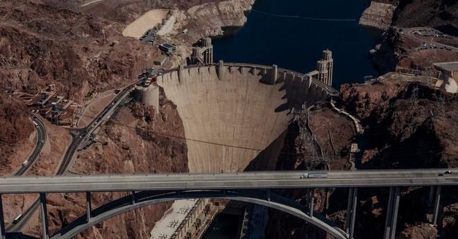 Đập thủy điện hoành tráng bậc nhất Mỹ: Công trình sở hữu kết cấu vững chãi gần 100 năm - Ảnh 2.