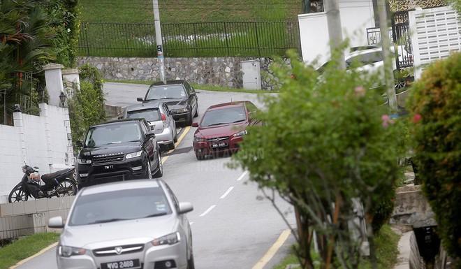[NÓNG] Cựu thủ tướng Malaysia Najib Razak bị bắt giữ tại nhà riêng - Ảnh 1.