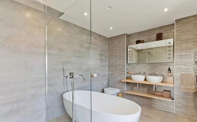 Thiết bị phòng tắm: 4 thứ nên đầu tư và 3 thứ nên bỏ qua để tiết kiệm chi phí
