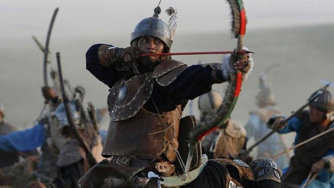 Suýt chết vì ngã ngựa nhưng Thành Cát Tư Hãn vẫn trọng dụng kẻ thù vì lý do bất ngờ - Ảnh 1.