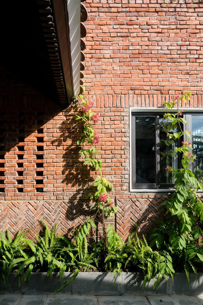 Báo Mỹ ngợi ca ngôi nhà gạch của vợ chồng già ở Đà Nẵng - Ảnh 3.