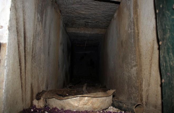 Phát hiện hầm bí mật trong nhà của trùm ma túy bị tiêu diệt  - Ảnh 14.