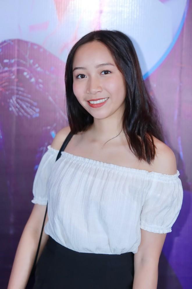 Con gái ruột 16 tuổi của ca sĩ Mỹ Linh: Em sợ cả đám đông! - Ảnh 3.