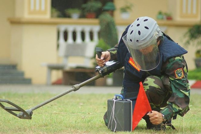 Mục kích lính công binh huấn luyện chống khủng bố - Ảnh 5.