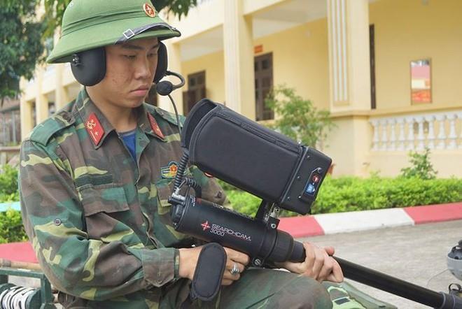 Mục kích lính công binh huấn luyện chống khủng bố - Ảnh 11.