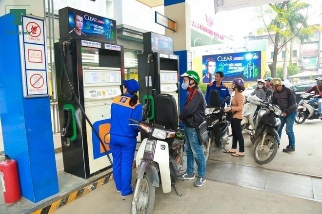 Người Việt đã phải trả thuế bảo vệ môi trường nhiều ra sao sau gần một thập kỷ? - Ảnh 1.
