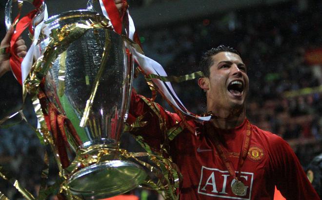 """Man United bất ngờ ra đòn, muốn """"nẫng"""" Ronaldo từ tay Juventus"""
