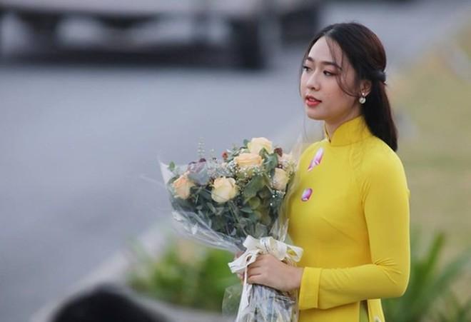 Cô gái tặng hoa Tổng thống Trump bất ngờ thi Hoa hậu Việt Nam, nổi bật nhất dàn thí sinh - Ảnh 7.