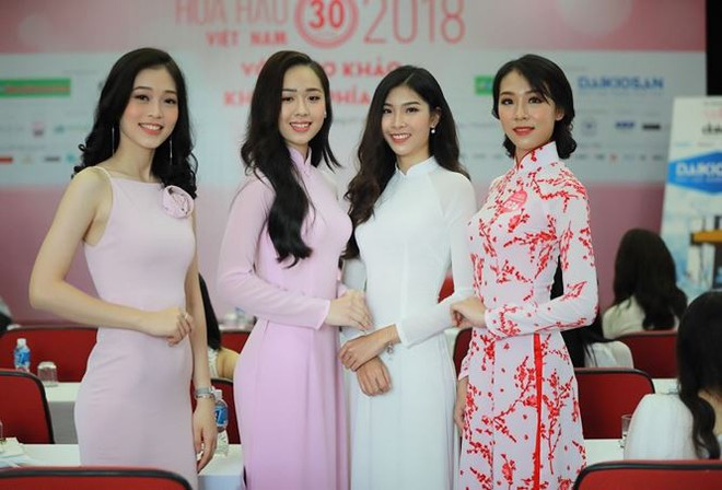 Cô gái tặng hoa Tổng thống Trump bất ngờ thi Hoa hậu Việt Nam, nổi bật nhất dàn thí sinh - Ảnh 1.