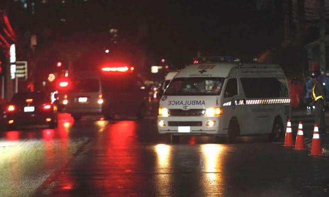 NÓNG: Ít nhất bốn thành viên đội bóng nhí được giải cứu, một em có tình trạng sức khỏe báo động - Ảnh 1.