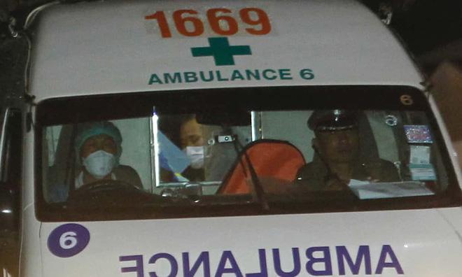 [CẬP NHẬT] Bốn thành viên đội bóng nhí được giải cứu, một em có tình trạng sức khỏe báo động - Ảnh 1.