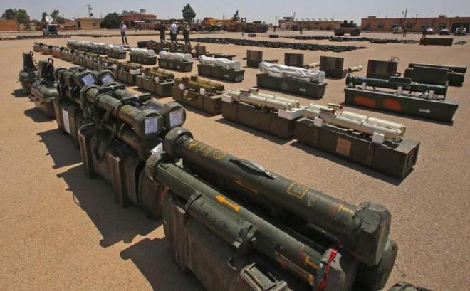 Bại trận, phiến quân Syria giao nộp số vũ khí kỷ lục: Đủ loại của Trung Quốc, phương Tây