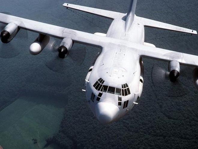 Mỹ đưa máy bay có khả năng chọc mù đối phương đến sát Triều Tiên - Ảnh 8.