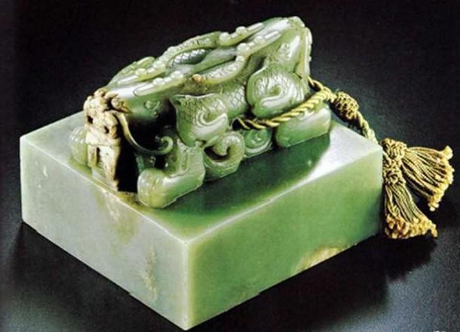 Bí ẩn số phận ngọc tỷ truyền quốc của Tần Thủy Hoàng: Cho đến nay vẫn chưa ngã ngũ - Ảnh 3.