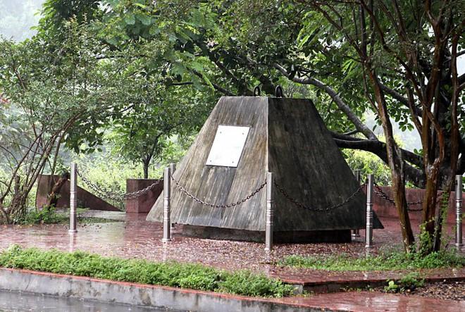 Bí mật lá thư 'chôn' trong khối bê tông 10 tấn gửi hậu thế ở Thủy điện Hòa Bình - ảnh 2