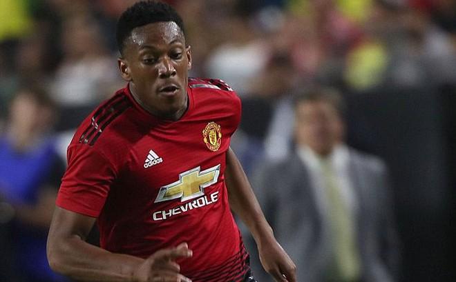 Đi biệt tăm 8 ngày liền, Martial bị Man United phạt 5 tỉ đồng