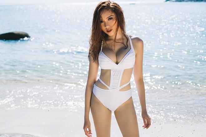 MC VTV đốt mắt với loạt ảnh bikini nóng bỏng  - Ảnh 3.
