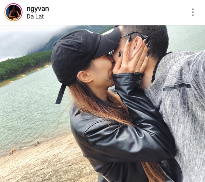 Huỳnh Anh công khai hôn bạn gái say đắm ngọt ngào tại Đà Lạt - Ảnh 1.