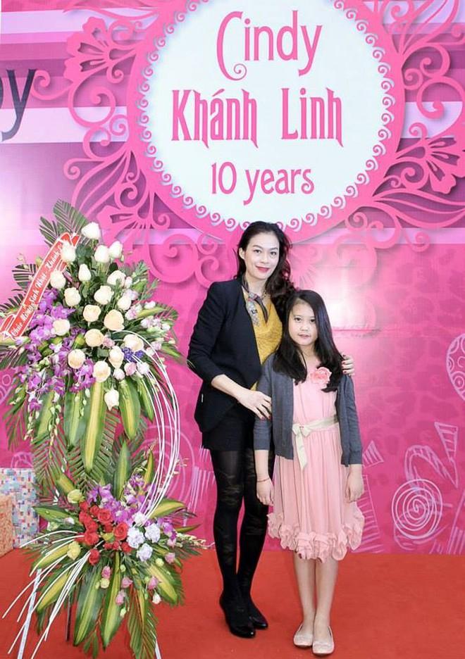 Con gái 13 tuổi xinh đẹp, cao như người mẫu của Thuỷ Hoa cỏ may - Ảnh 11.