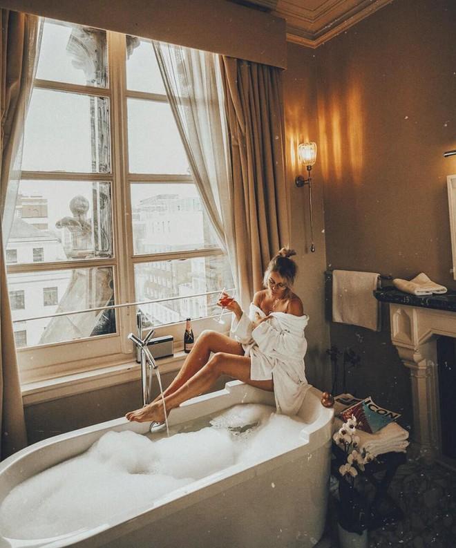 Cuộc sống không như là mơ của nữ blogger du lịch khắp thế gian: Trong ảnh sang chảnh ngút ngàn, thực tế khổ hơn địa ngục - ảnh 17