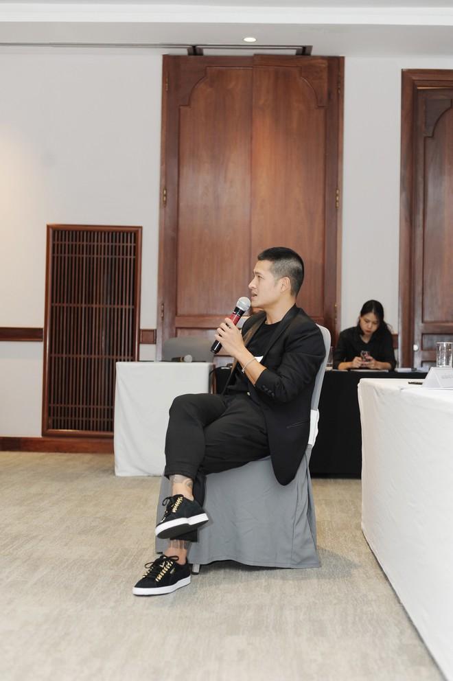 Đạo diễn Việt Tú không nghĩ sẽ thắng vụ kiện tranh chấp vở sân khấu thực cảnh đầu tiên tại Việt Nam - Ảnh 5.