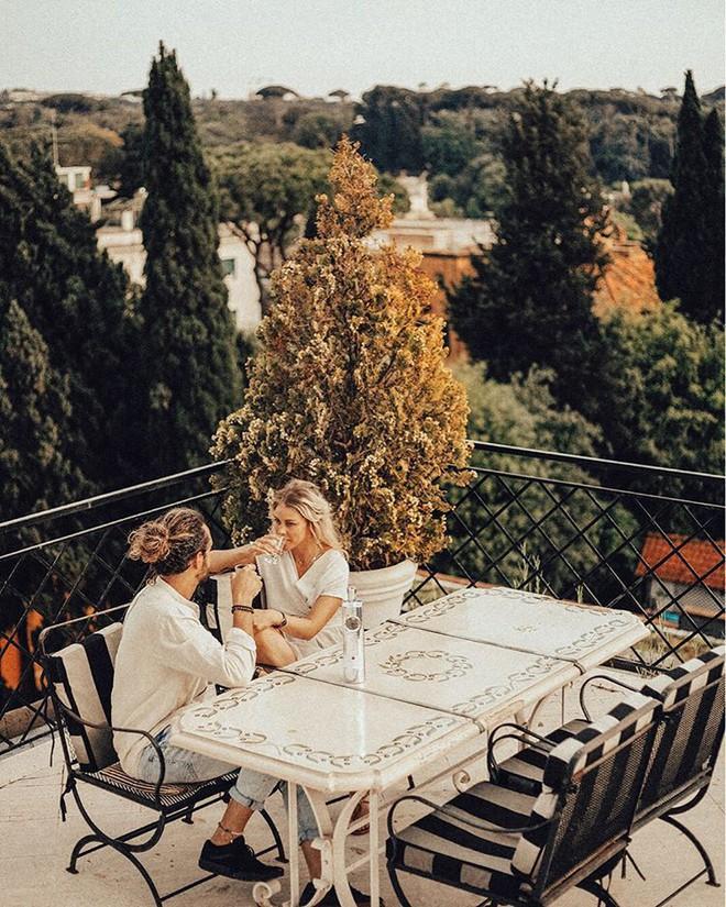 Cuộc sống không như là mơ của nữ blogger du lịch khắp thế gian: Trong ảnh sang chảnh ngút ngàn, thực tế khổ hơn địa ngục - ảnh 7