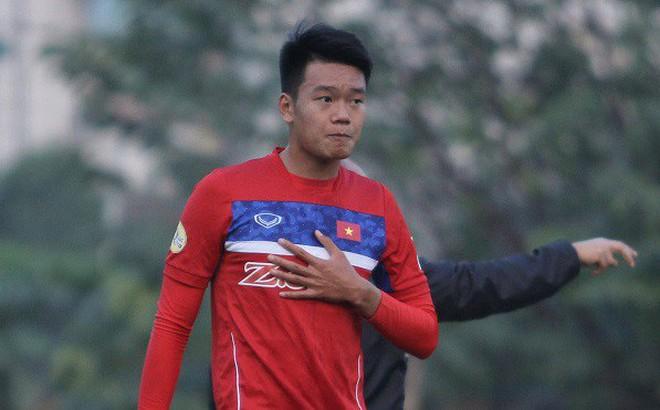 Thành Chung chấn thương rời đội, cơ hội vàng được trao cho Minh Vương