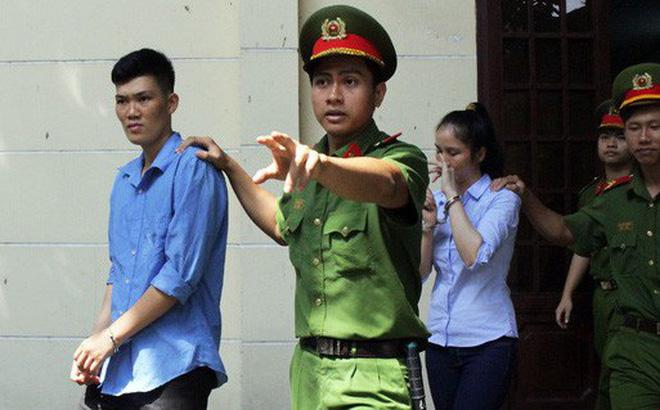 """Nữ cán bộ hải quan Tân Sơn Nhất """"tiếp tay"""" lô hàng lậu 9 tỷ đồng"""