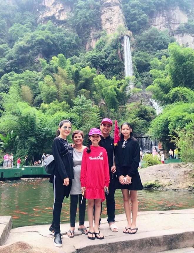 Loạt sao Việt siêu giàu nhưng có sở thích bình dân đến khó tin - Ảnh 2.