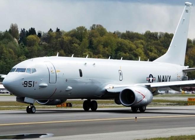 Mỹ cho máy bay tuần thám trinh sát các đảo nhân tạo Trung Quốc chiếm giữ phi pháp ở Trường Sa - Ảnh 1.