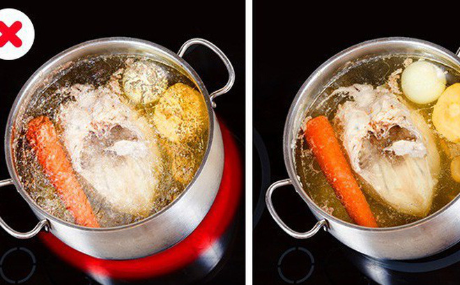 """Được đầu bếp chỉ giáo bí quyết, tôi nấu nước hầm xương """"lên tay"""" hẳn, nước trong vắt như gương không vẩn đục"""