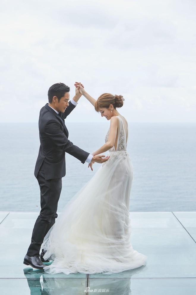 Hé lộ không gian cưới cực kỳ lãng mạn tiêu tốn hàng chục tỷ đồng của cặp đôi Trịnh Gia Dĩnh - Trần Khải Lâm - Ảnh 2.