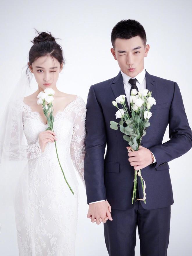 Lộ diện hậu kết hôn với sĩ quan, Trương Hinh Dư khoe nhẫn kim cương và có phản ứng như sau về Phạm Băng Băng - Ảnh 4.