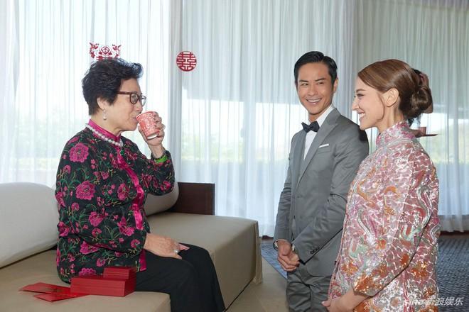 Đám cưới hot nhất Cbiz hôm nay: Trịnh Gia Dĩnh trao nụ hôn ngọt ngào cho bạn gái Hoa hậu trong hôn lễ triệu đô - Ảnh 4.