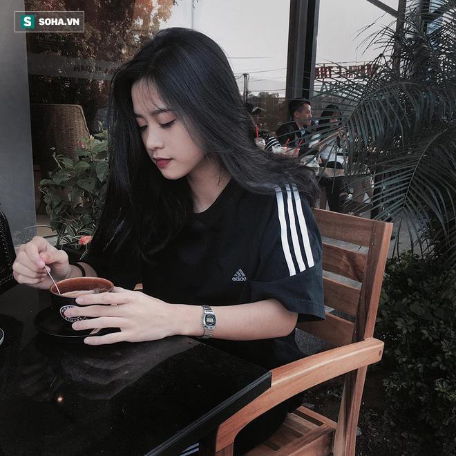 Từ tấm hình chụp vội trong thang máy, cô nàng 18 tuổi bỗng hot trên mạng xã hội  - Ảnh 9.
