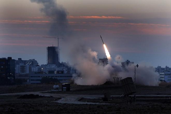 Ác mộng chính trị đe dọa TT Netanyahu dù ông đổ quân tới Gaza hay án binh bất động - Ảnh 2.
