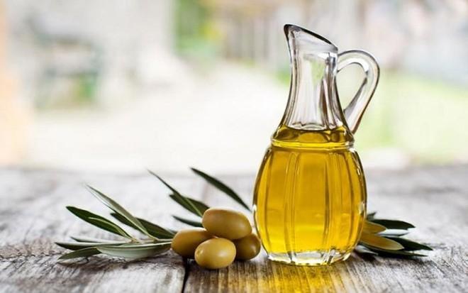 Cách chọn dầu ăn thế nào có lợi cho sức khỏe - Ảnh 1.