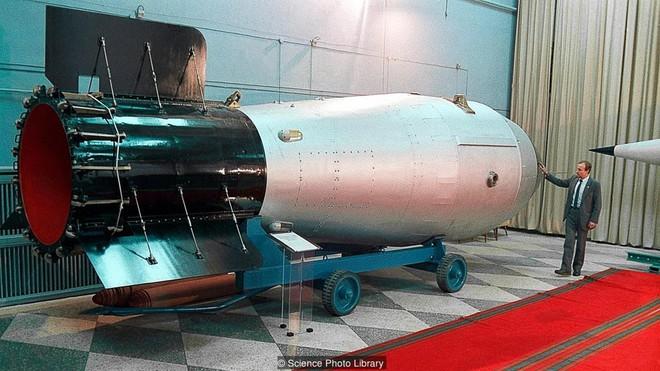 Tsar Bomba: Quả bom quái vật mạnh nhất trong lịch sử nhân loại được thử ở đâu? - Ảnh 2.
