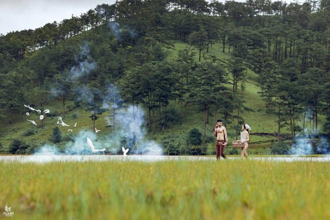 Chàng trai trong loạt ảnh khoe thân phản cảm ở Đà Lạt: Mình cảm thấy vui vẻ, hào hứng - Ảnh 3.