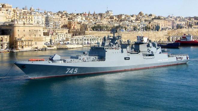 Tàu chiến Nga bắt sống cá mập sắt - Tàu ngầm Mỹ: Cuộc đấu trí chớp nhoáng và căng thẳng - Ảnh 2.