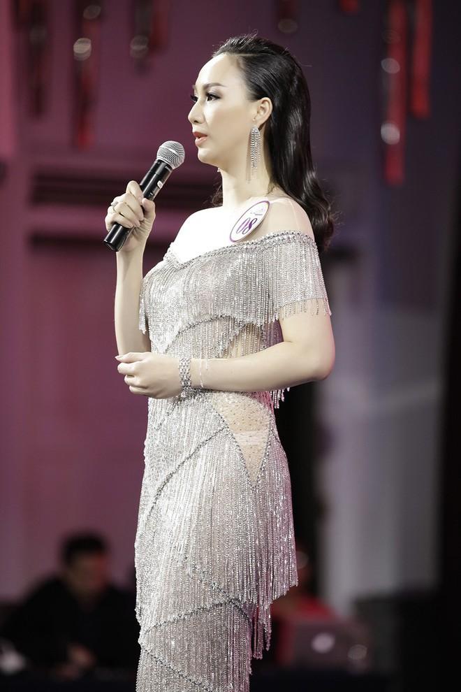 Giáng My, Nguyên Vũ trao vương miện cho cựu người mẫu 20 năm rời xa showbiz - Ảnh 6.
