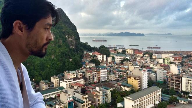 Johnny Trí Nguyễn lại xuất hiện gầy gò, xuống sắc sau nhiều năm rời xa điện ảnh - Ảnh 11.