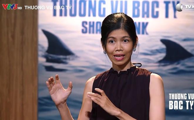 """Giới thiệu là đạo diễn phim truyền hình nhưng giấu tên, Startup """"lạ lùng"""" bị các Shark từ chối"""
