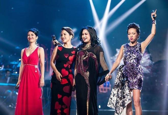 Bị nghệ sĩ gạo cội chê bai, các diva Mỹ Linh, Hà Trần, Hồng Nhung cùng lên tiếng  - Ảnh 1.