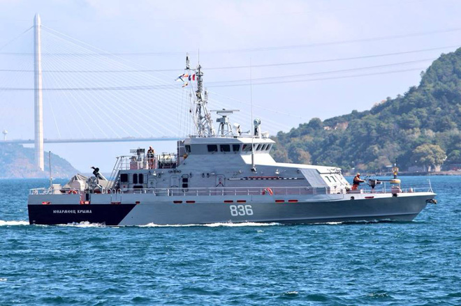 Hải quân Nga ùn ùn tiếp viện hàng nóng cho QĐ Syria chuẩn bị đánh lớn - Ảnh 3.