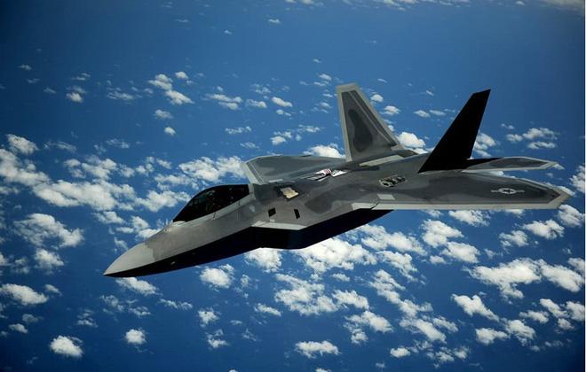 Báo Nga: Tiêm kích tàng hình J-20 TQ có thể ăn được F-22 Mỹ - Ảnh 1.