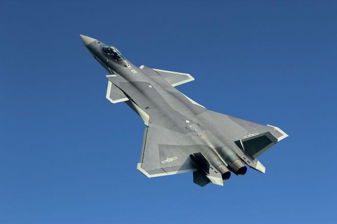 Báo Nga: Tiêm kích tàng hình J-20 TQ có thể ăn được F-22 Mỹ - Ảnh 2.