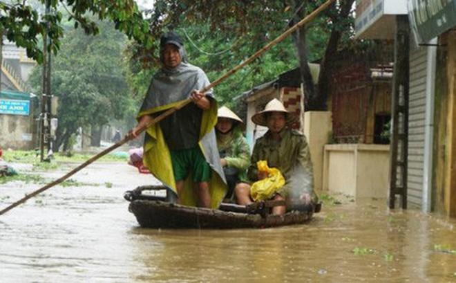 Hàng nghìn hộ dân thành phố Thanh Hóa ngập trong nước